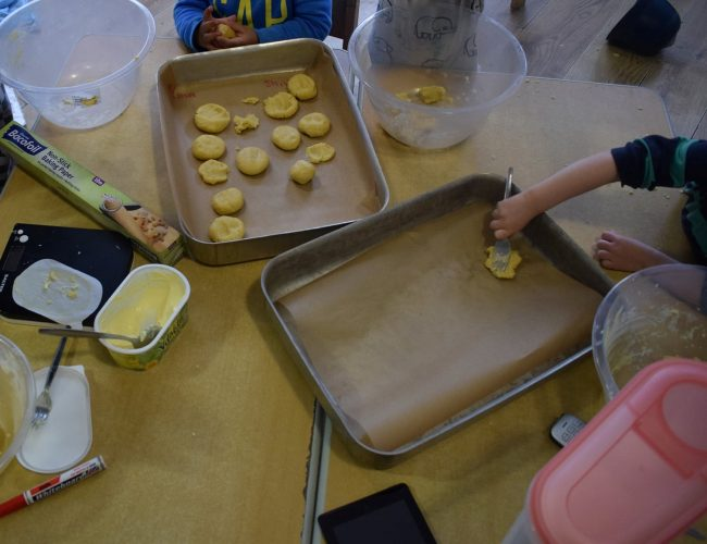 Oxley Park toddlers baking cookies