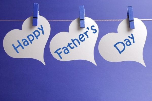 happy fathers day banner in blue and white